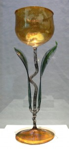 tulip-wine-glass