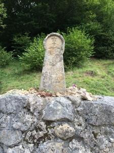 montsegur-memorial-marker_1649